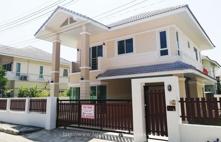 New house for rent partly furnished 3 bedrooms near Kad farang hangdong.